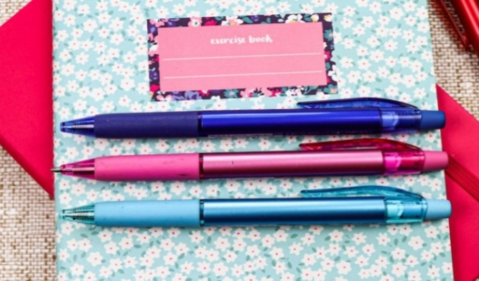 There's no going back to school without new pens!